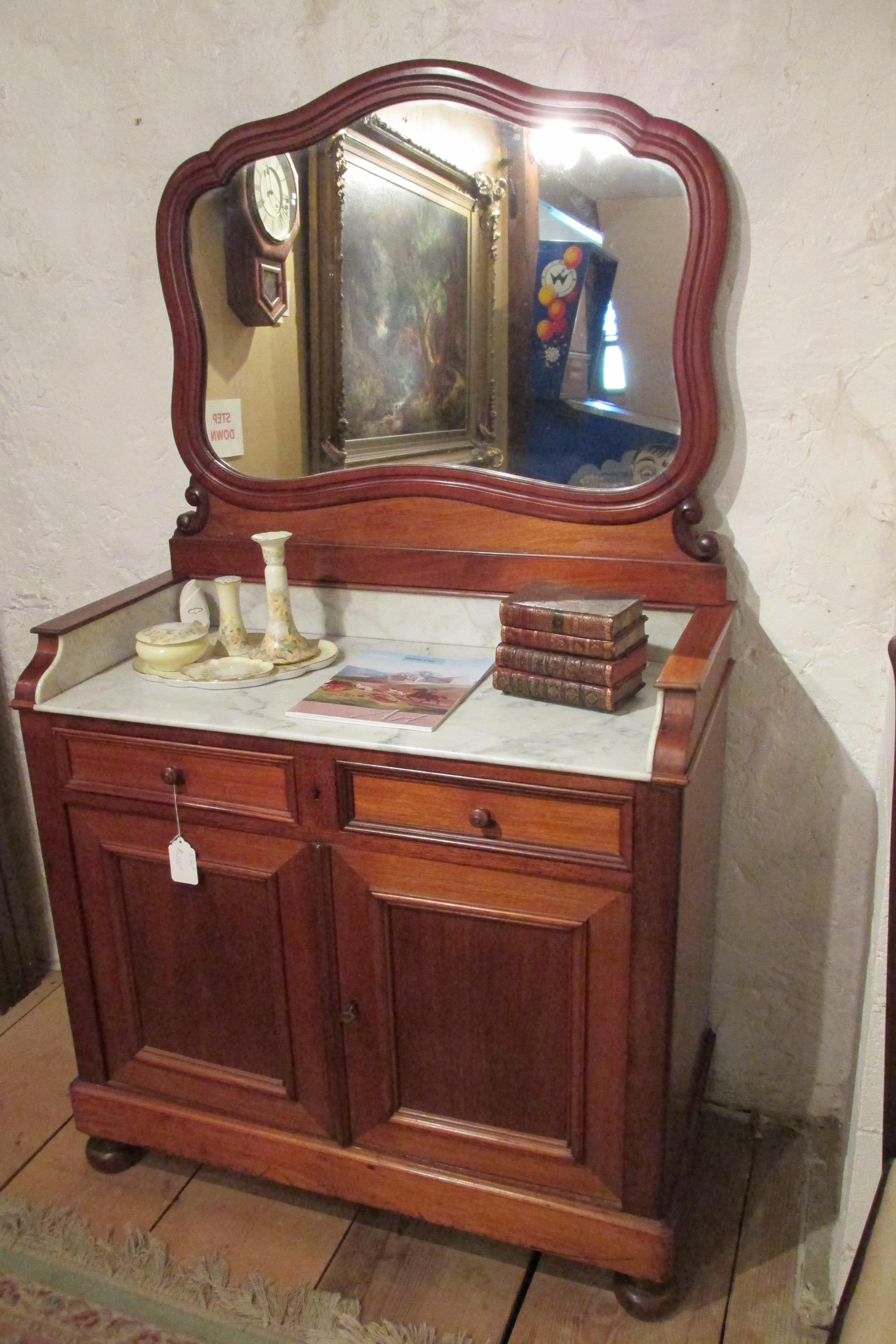 Greshville Antiques And Fine Art image 0