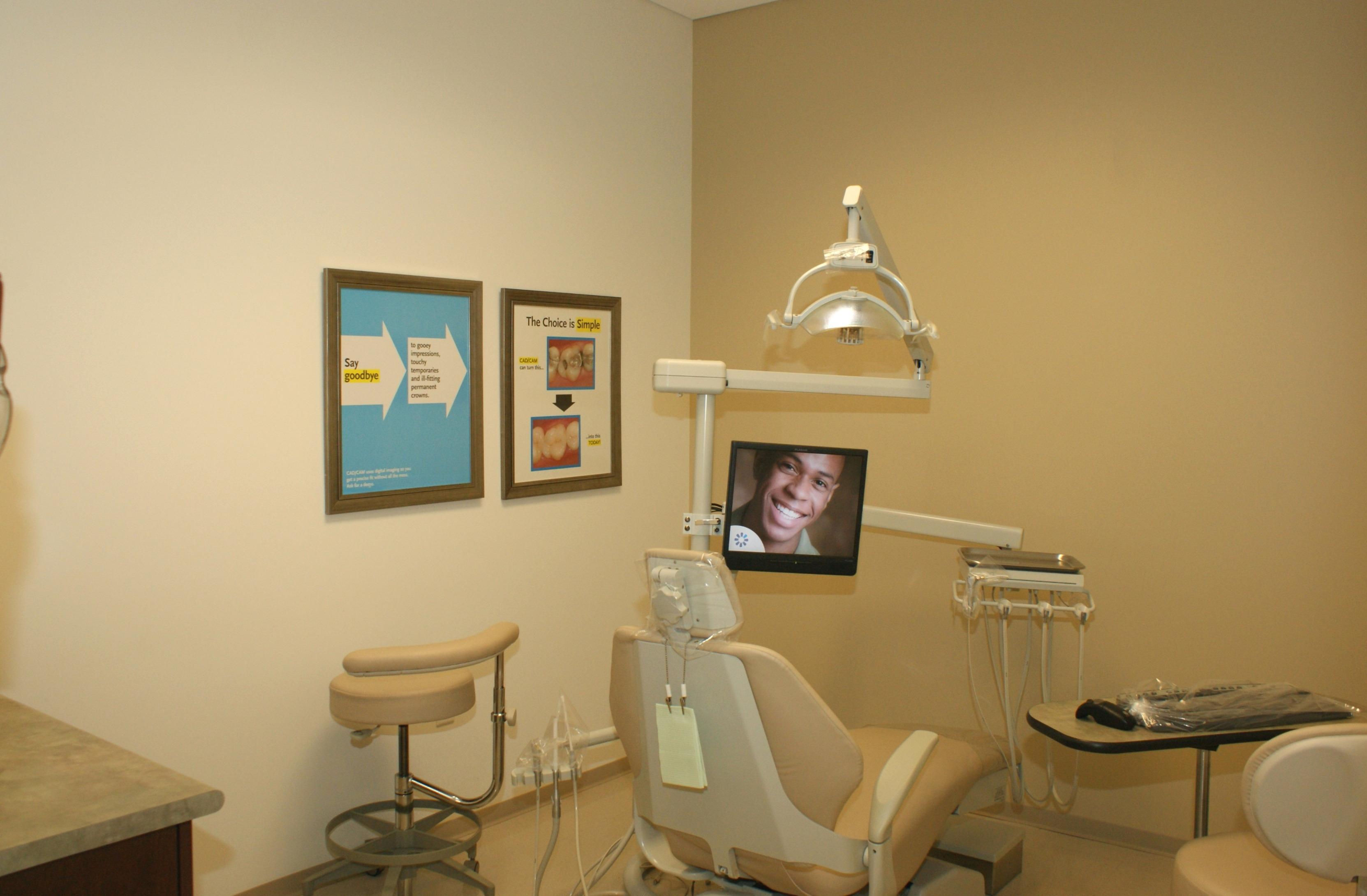 Southglenn Modern Dentistry image 2
