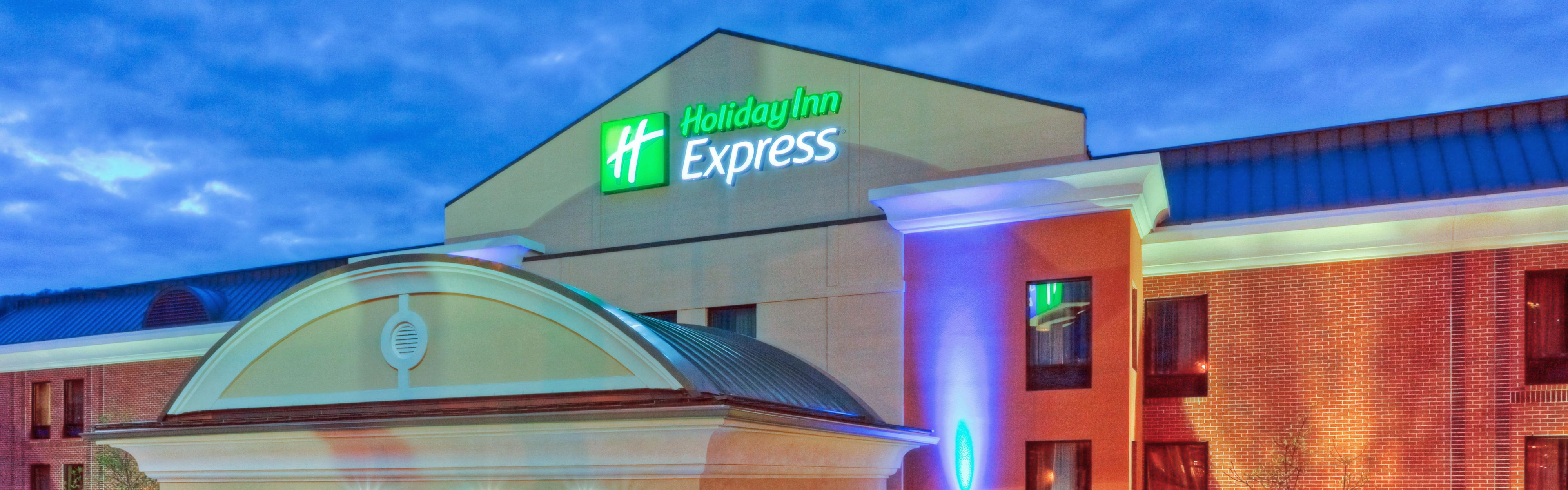 Holiday Inn Express & Suites Brentwood North-Nashville Area image 0