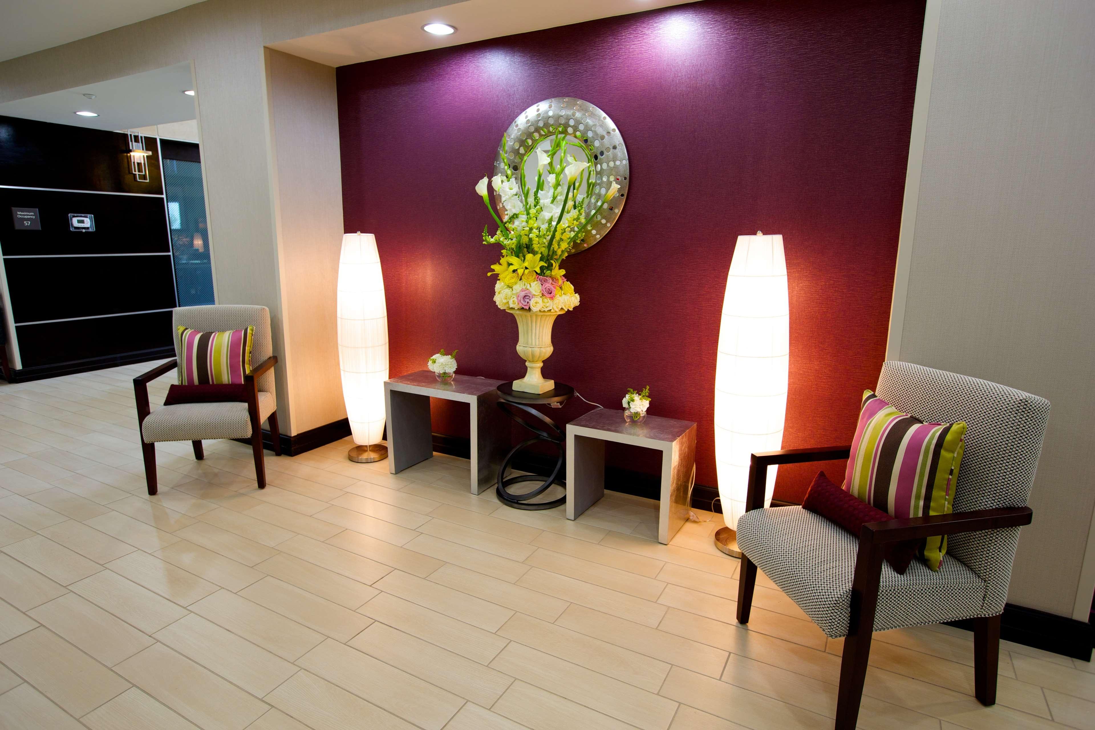 Hampton Inn & Suites Missouri City, TX image 7