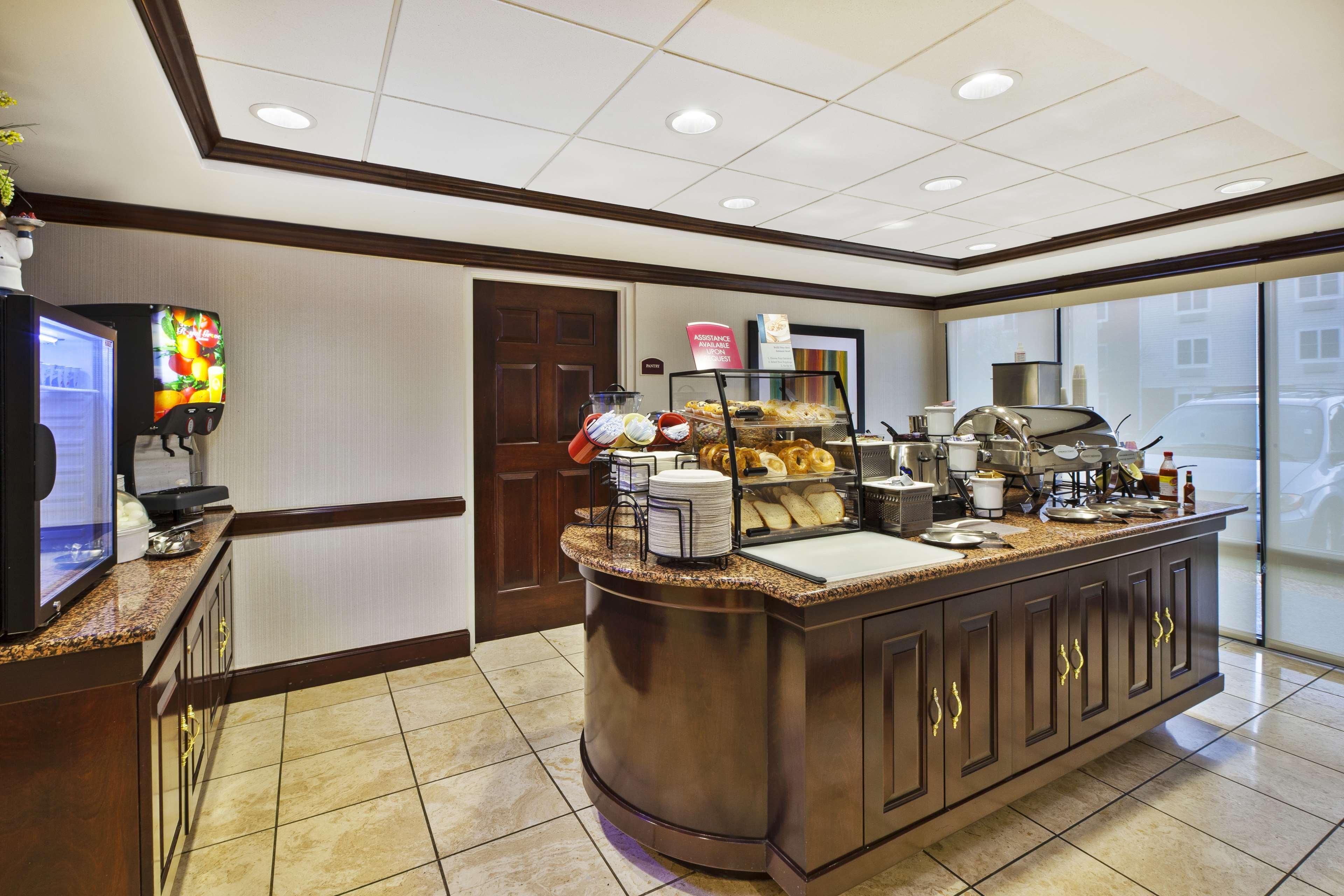 Best Western Dulles Airport Inn image 3