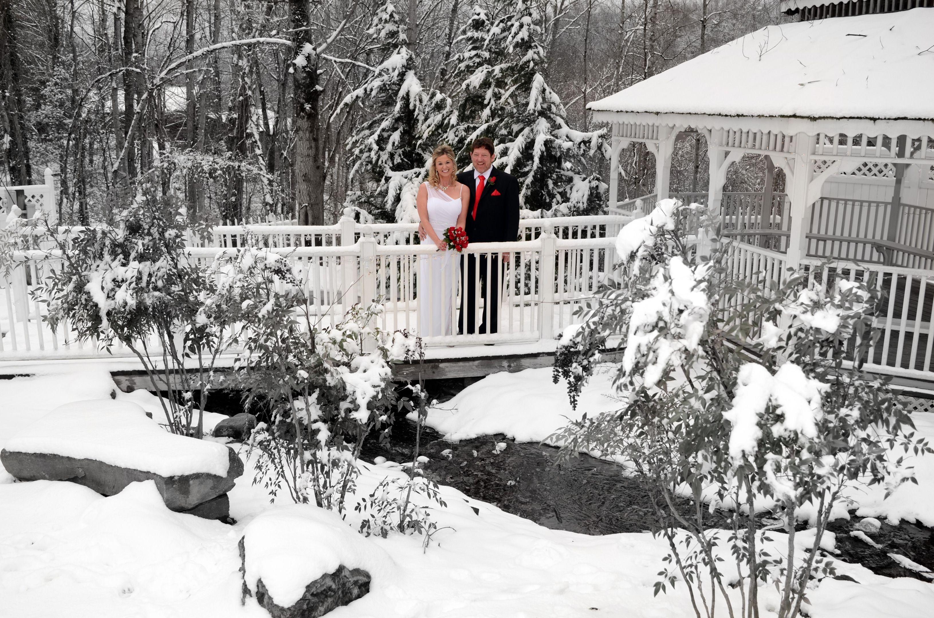 Wedding Chapel at Honeymoon Hills, Gatlinburg Wedding Chapel image 14