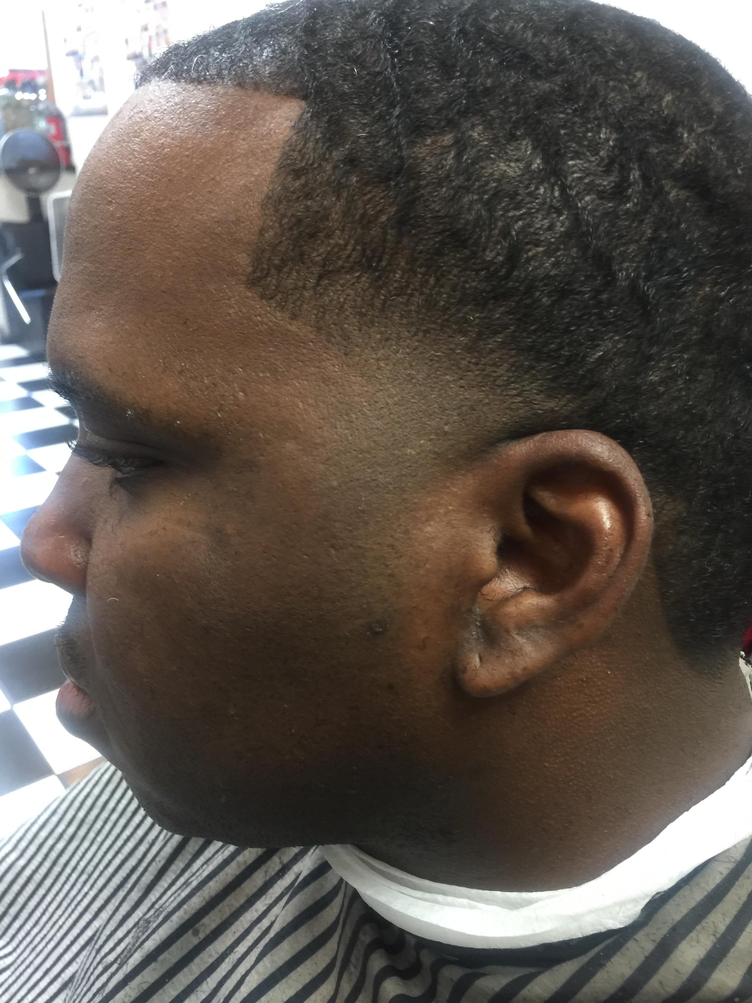 Haircuts and Razorlines image 4