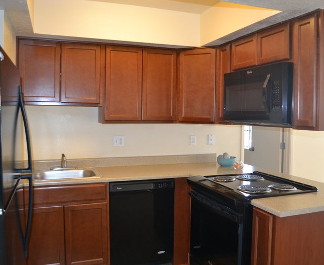 River Point Apartments image 4