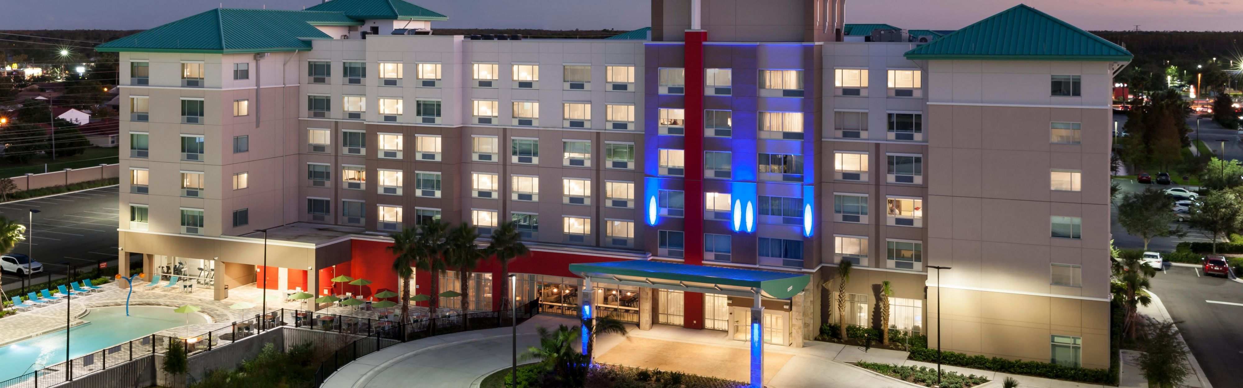 Holiday Inn Express Orlando At Seaworld image 0