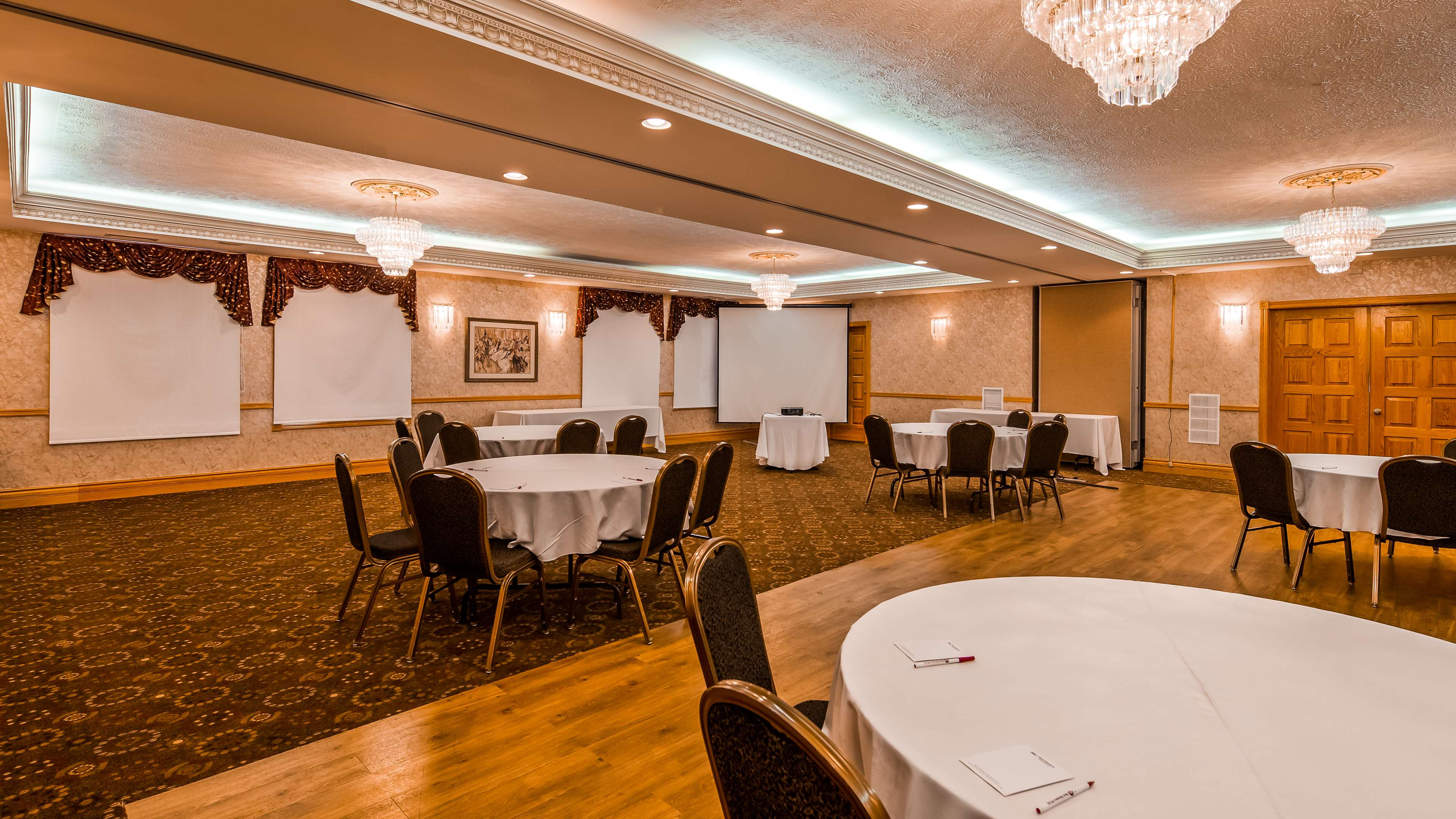 Surestay Plus Hotel By Best Western Kincardine  Kincardine On