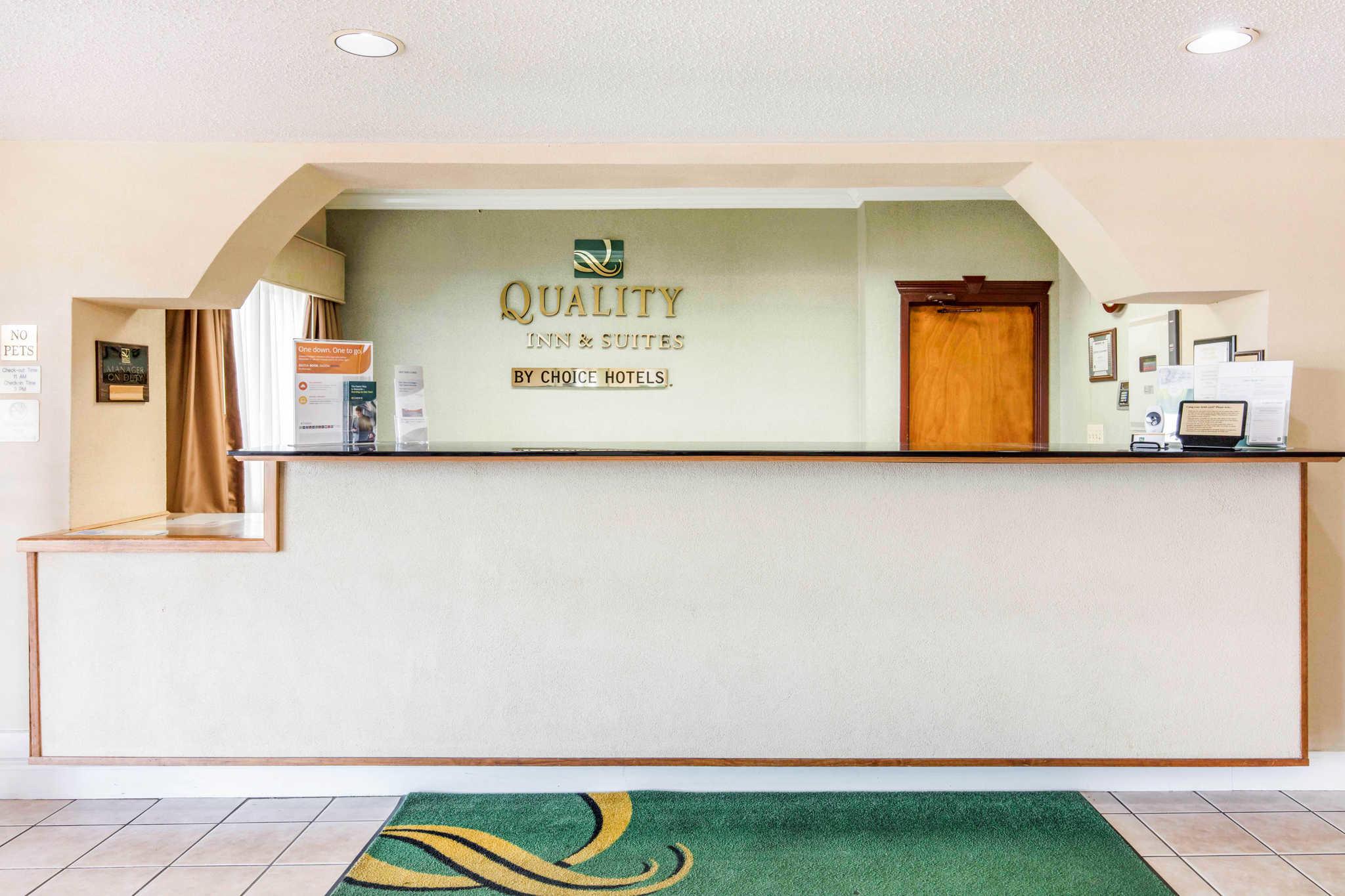 Quality Inn & Suites Jackson Int'l Airport image 4
