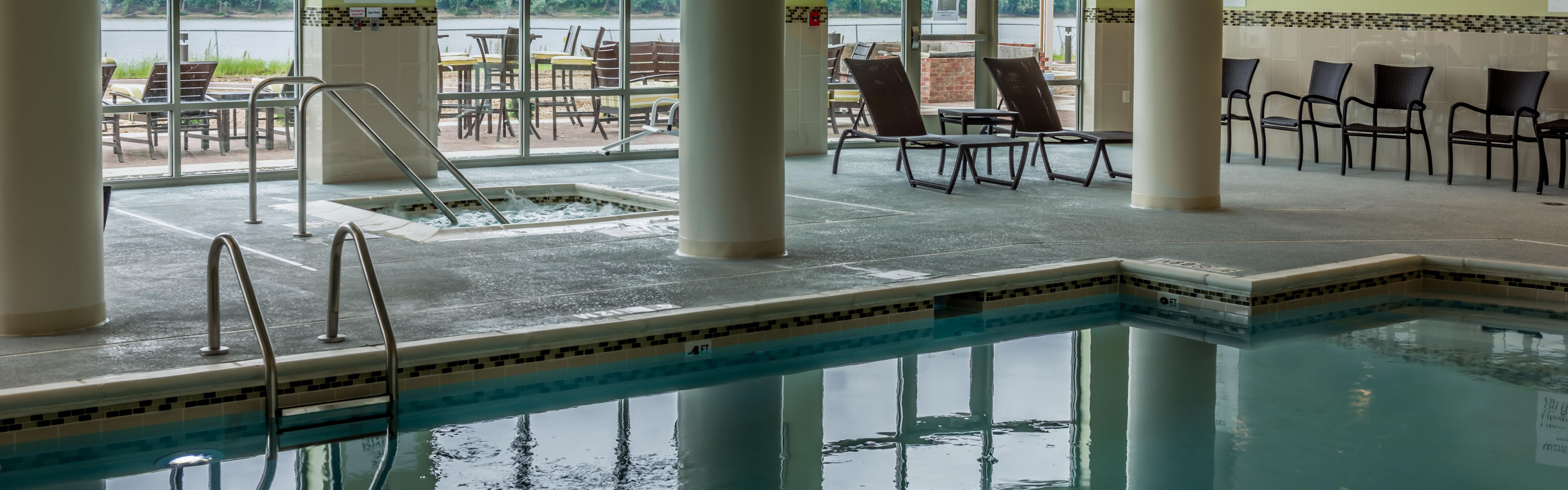 Holiday Inn Owensboro Riverfront image 2