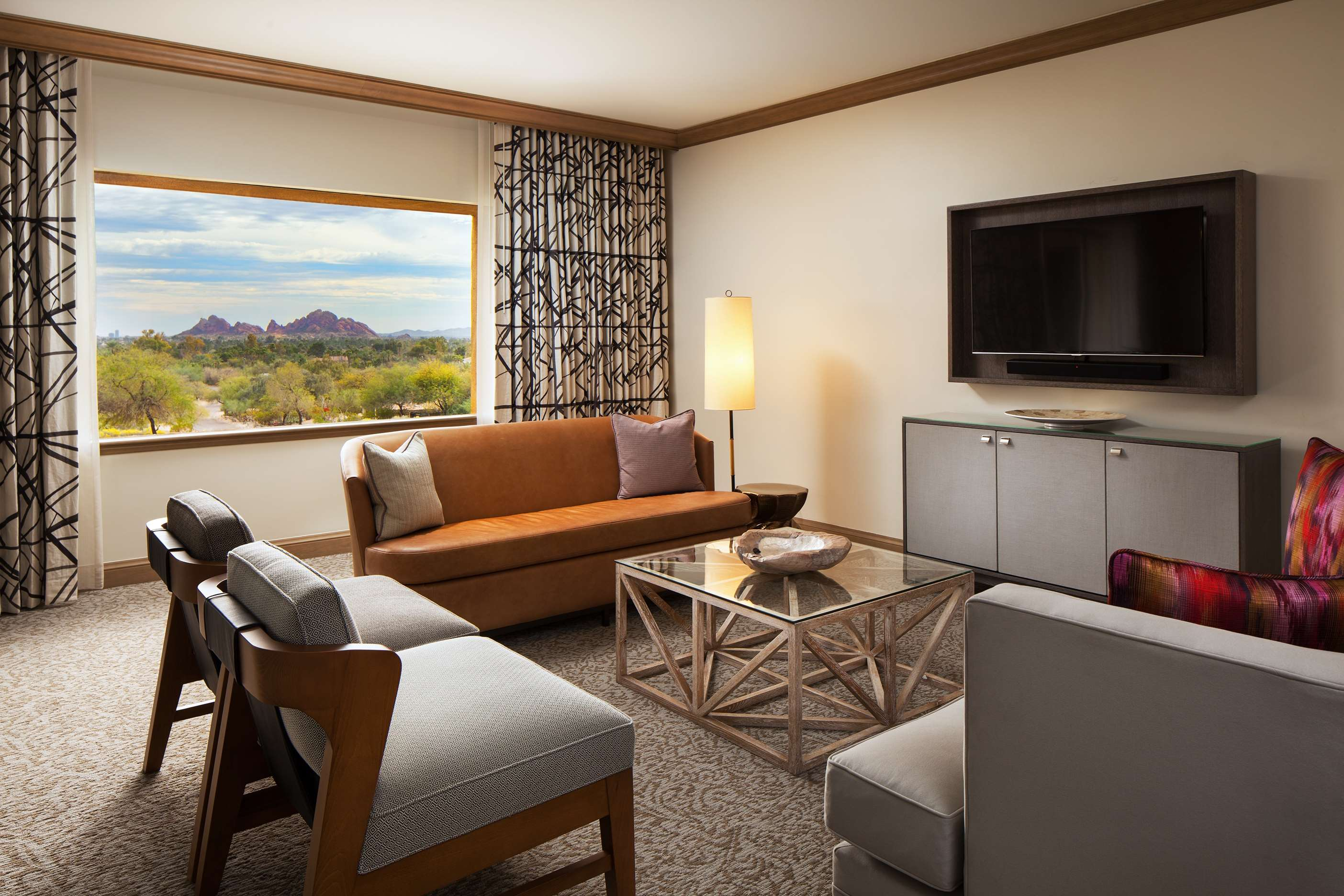 The Canyon Suites at The Phoenician, a Luxury Collection Resort, Scottsdale image 7