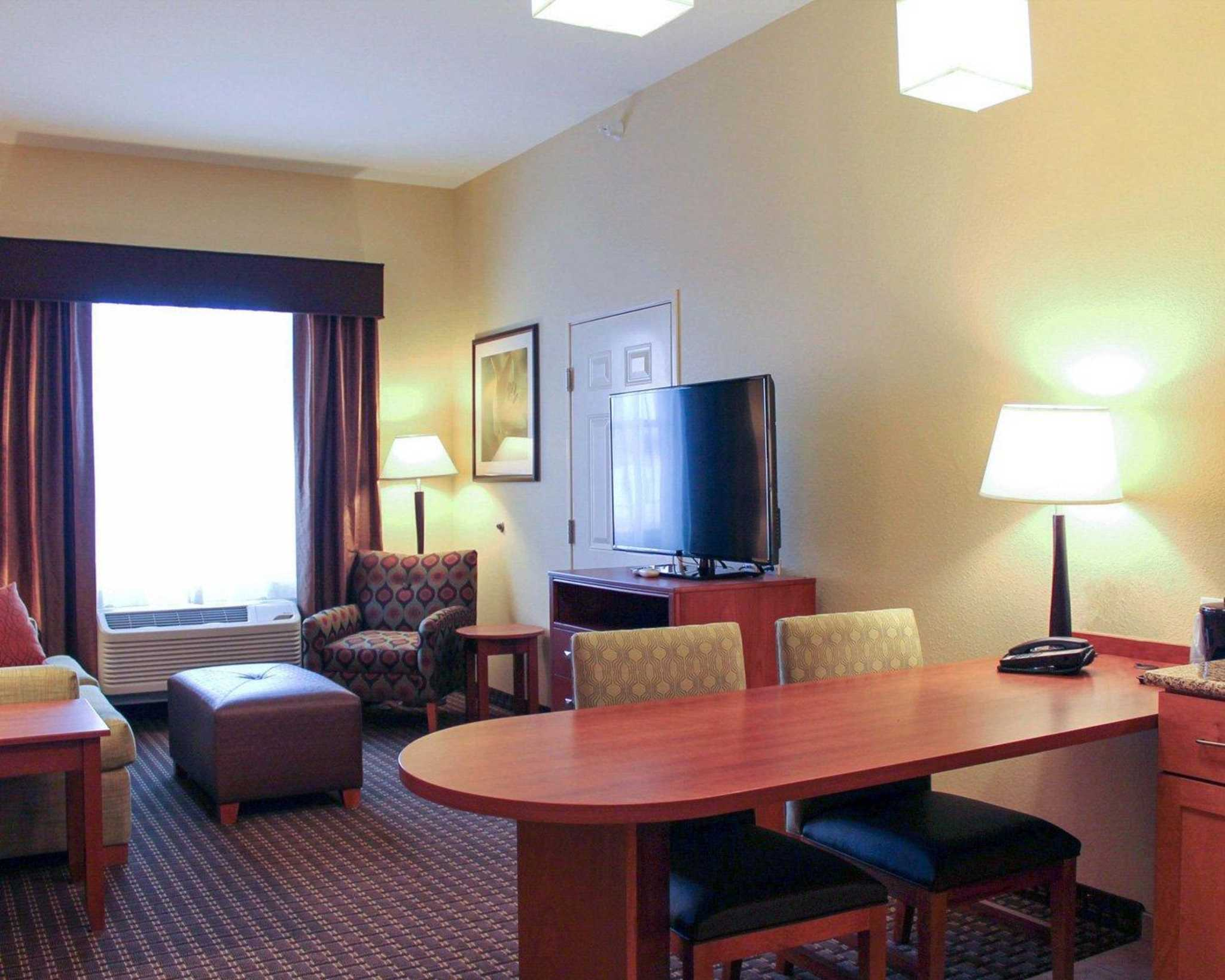 MainStay Suites Tioga image 26