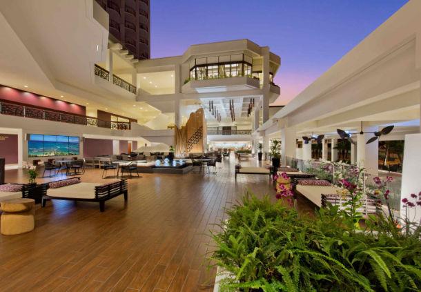 Waikiki Beach Marriott Resort & Spa image 2