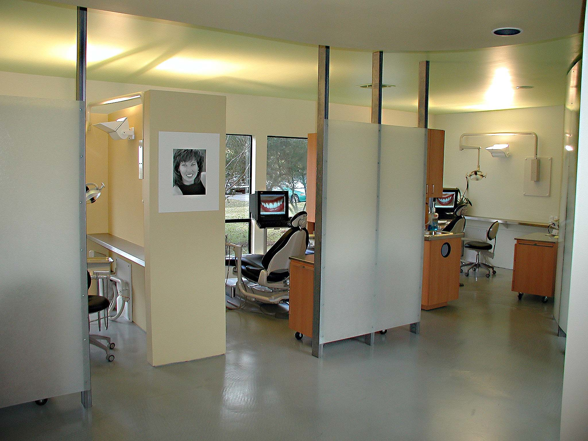 Contemporary Cosmetic Dentistry image 2