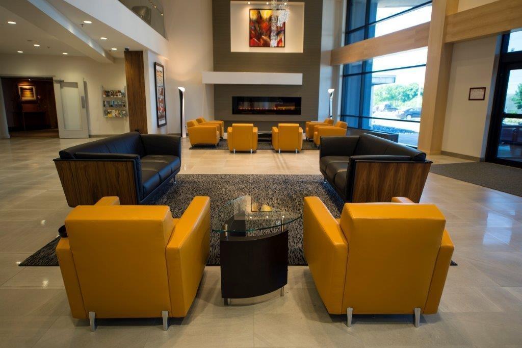 Best Western Plus Hotel Levesque à Riviere-du-Loup: Lobby