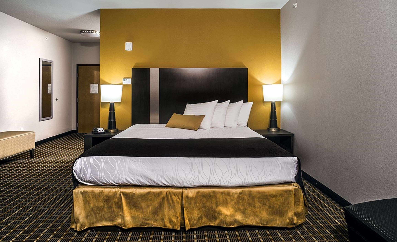 Best Western Plus Lampasas Inn & Suites image 9