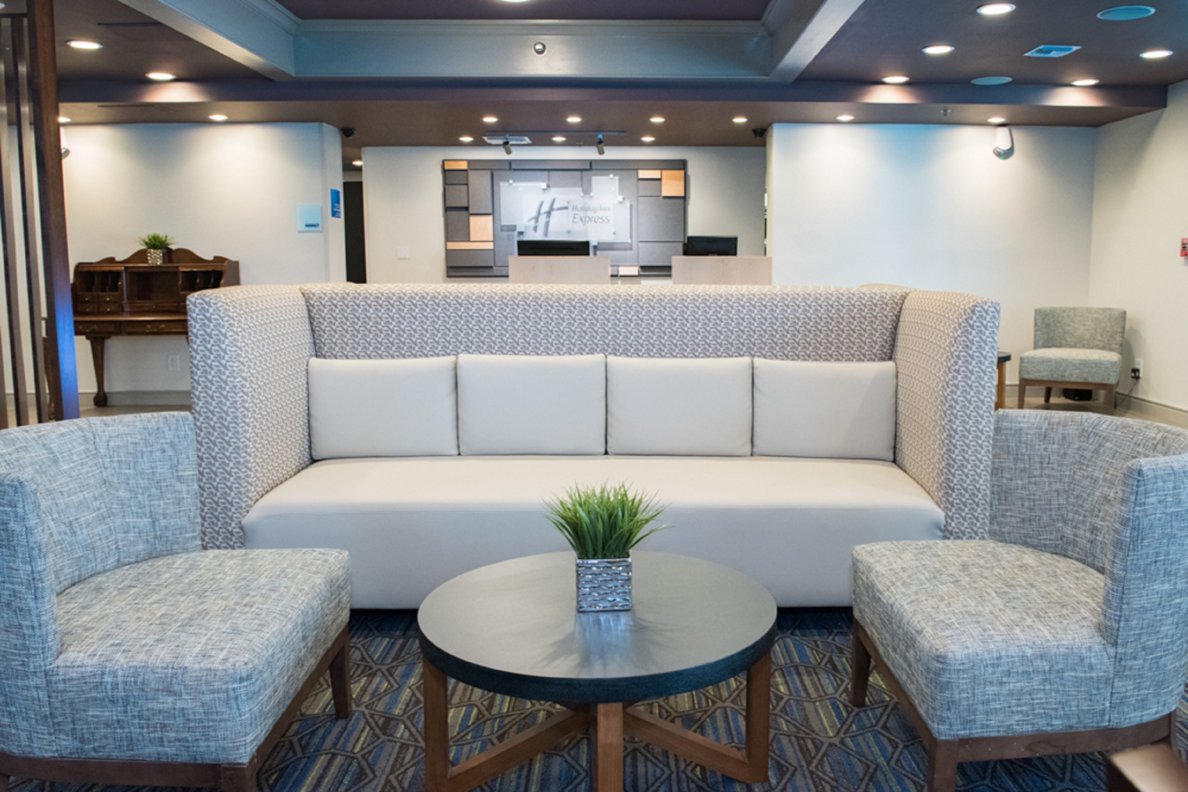 Holiday Inn Express Pascagoula-Moss Point image 6