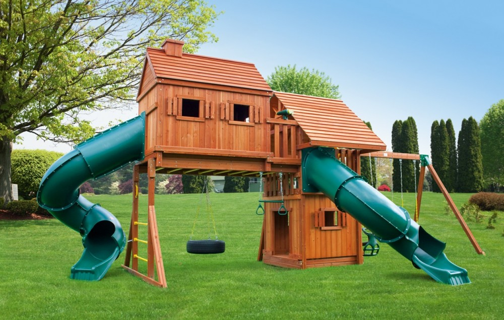 Outdoor Living and Play image 0