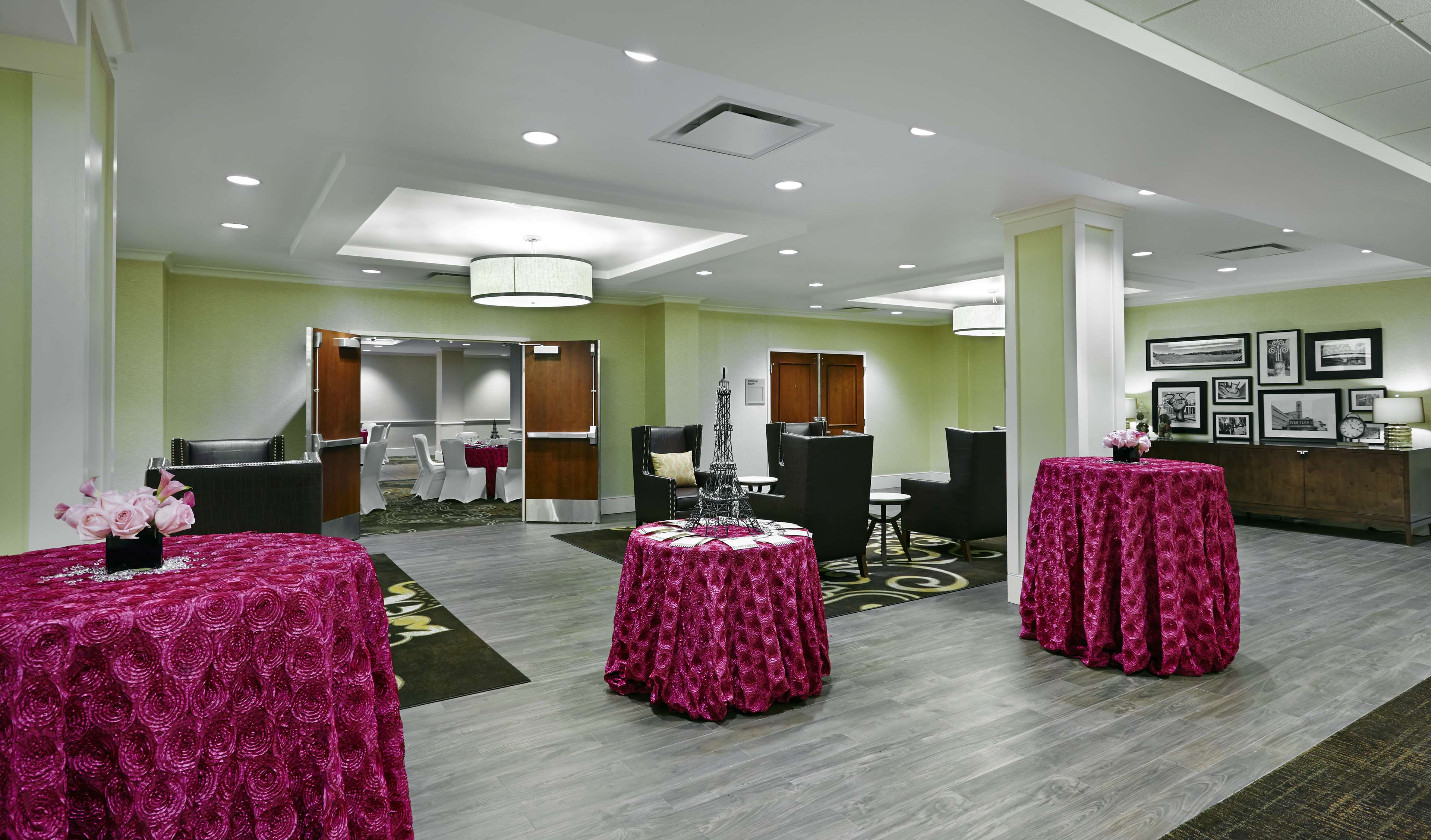 DoubleTree by Hilton Hotel Washington DC - Silver Spring image 22