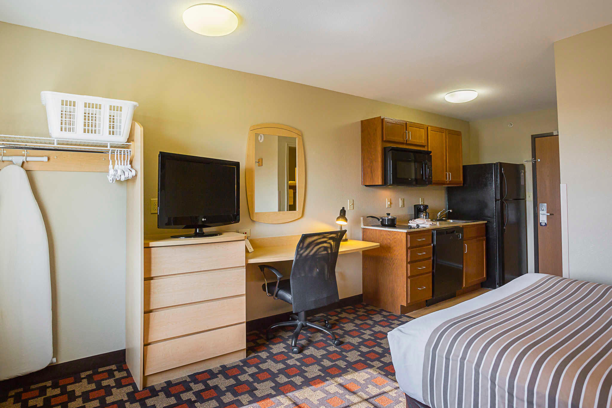 Suburban Extended Stay Hotel image 11