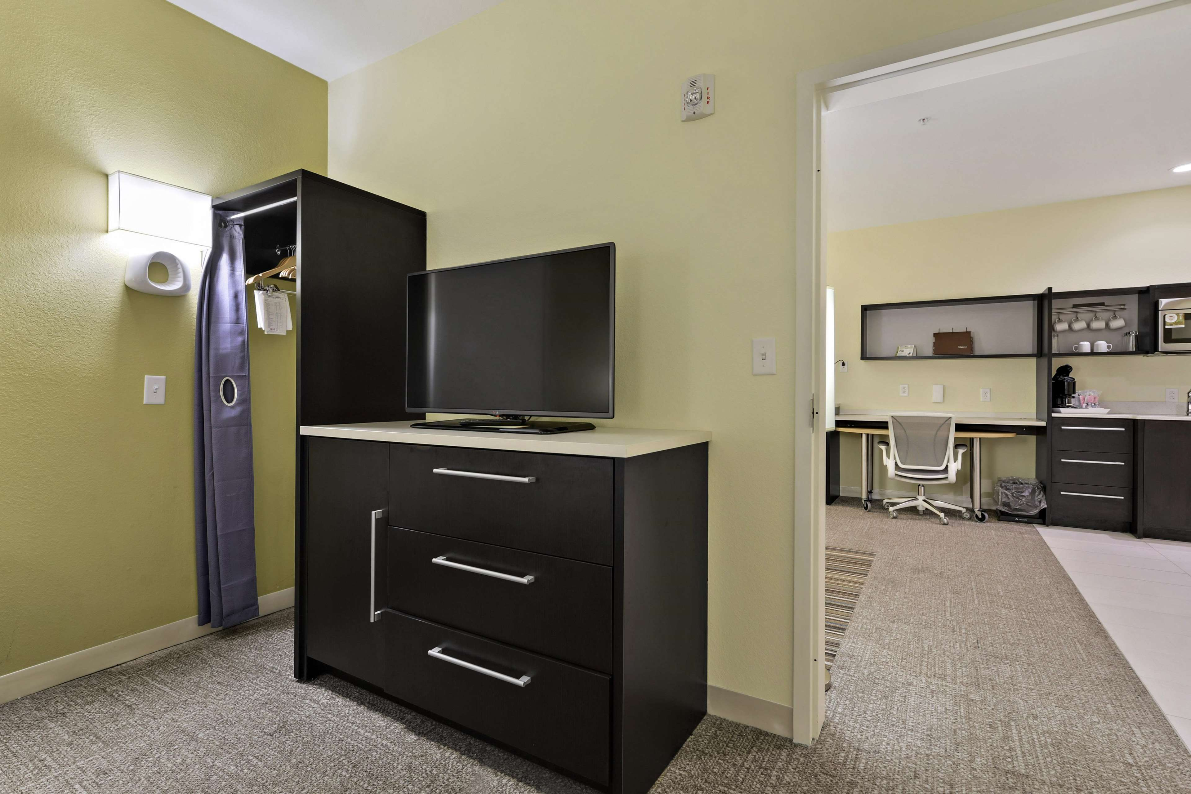 Home2 Suites by Hilton Gulfport I-10 image 29