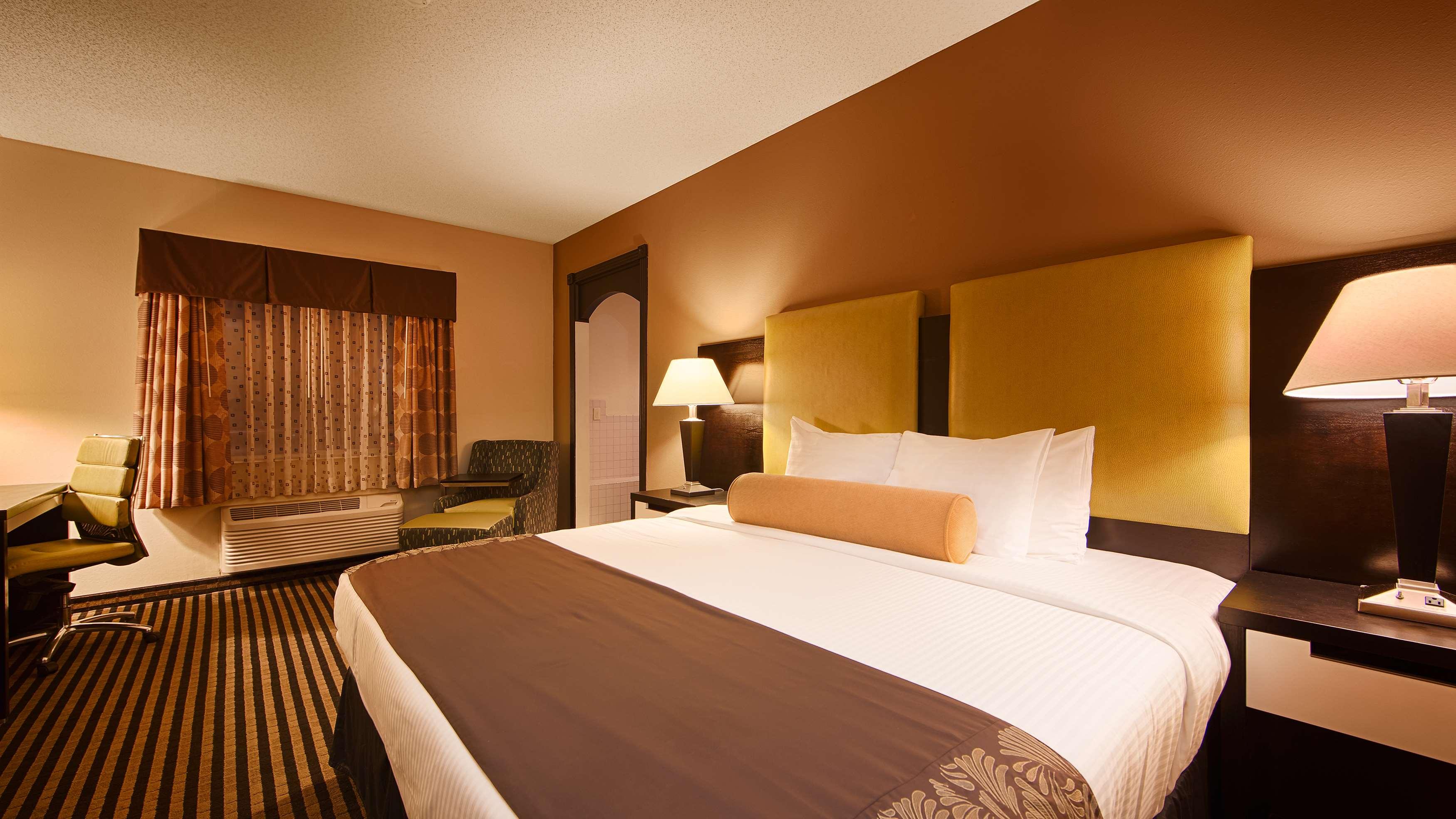 Best Western Plus Searcy Inn image 12
