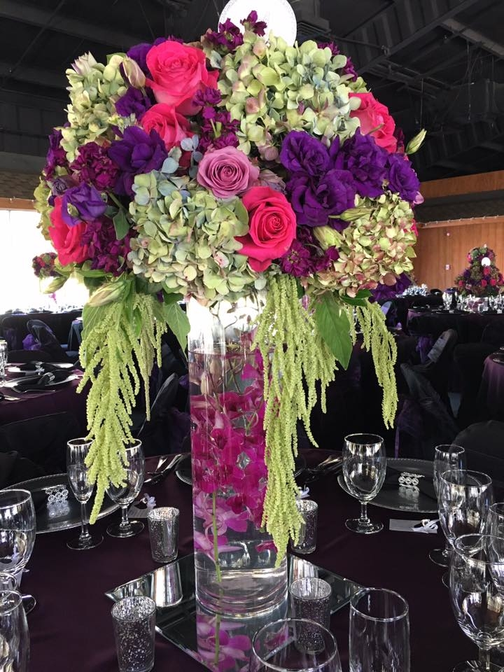 Florentyna's A Fine Flower Company Offers Wedding Centerpieces