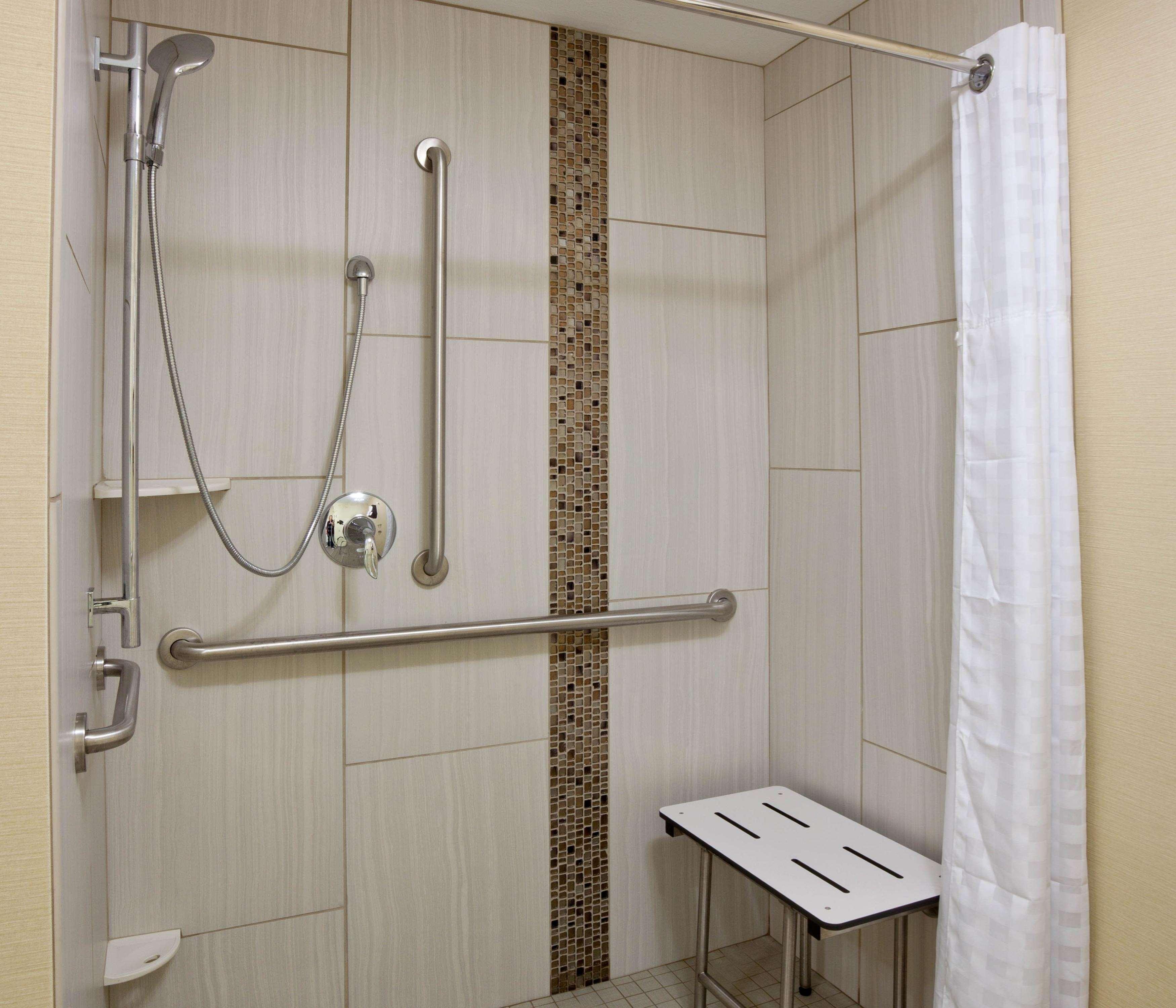 Homewood Suites by Hilton Davenport image 2