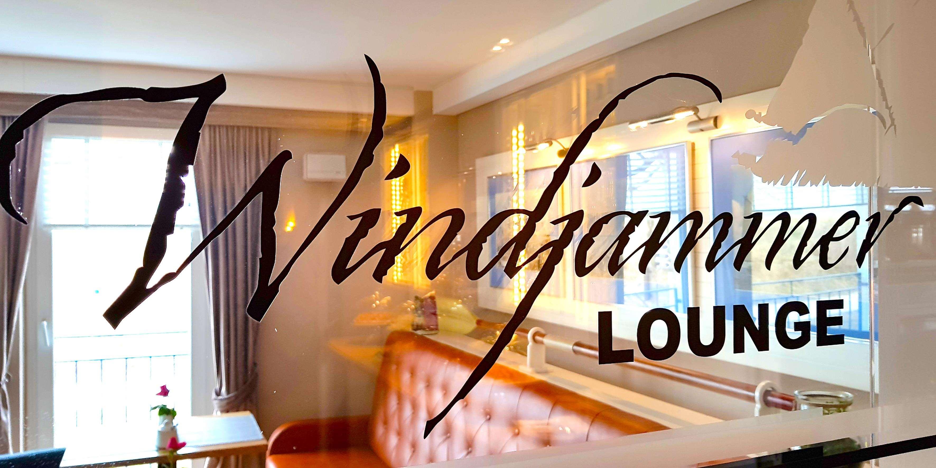 Windjammer Lounge