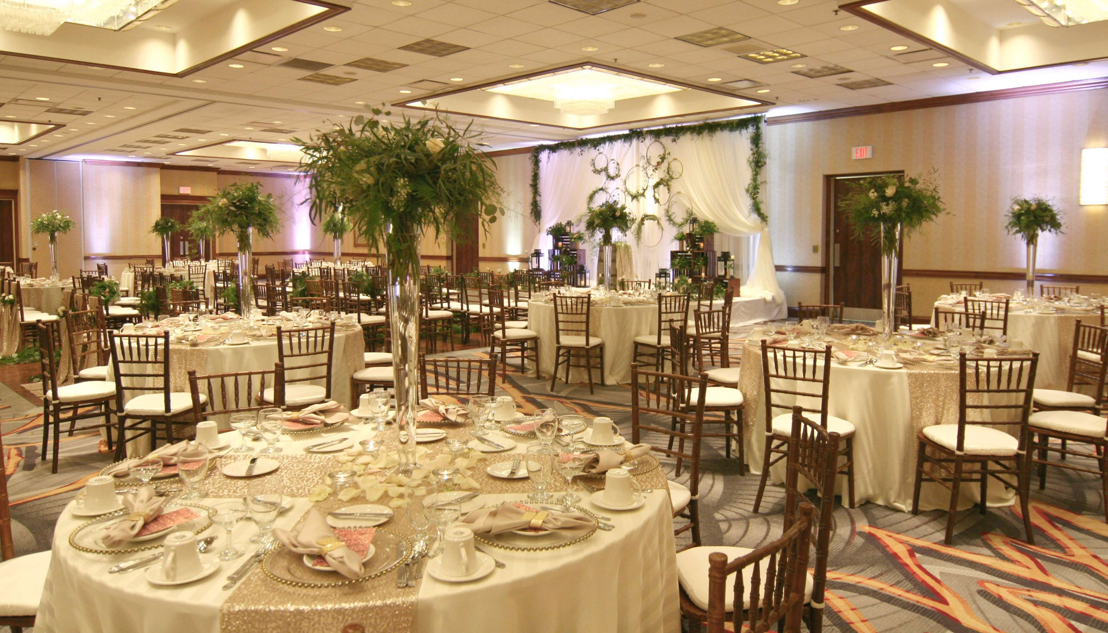 DoubleTree by Hilton Hotel Chicago - Alsip image 18