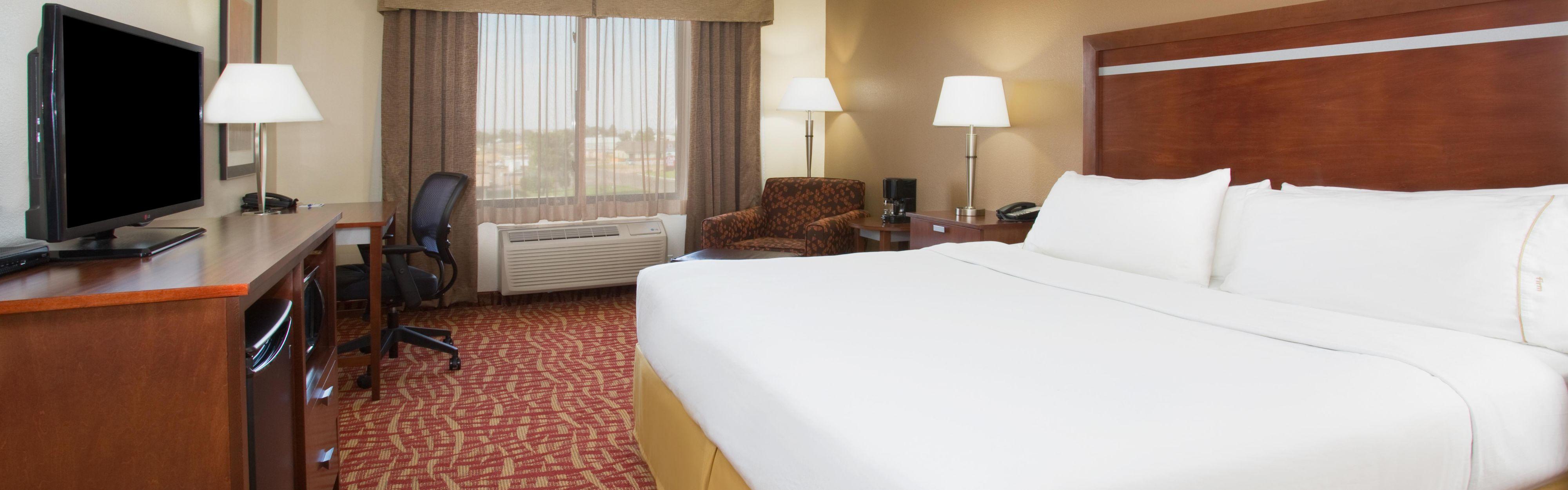 Holiday Inn Express & Suites Glendive image 1