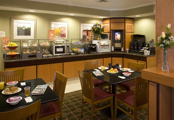 Fairfield Inn & Suites by Marriott Jacksonville Butler Boulevard image 6