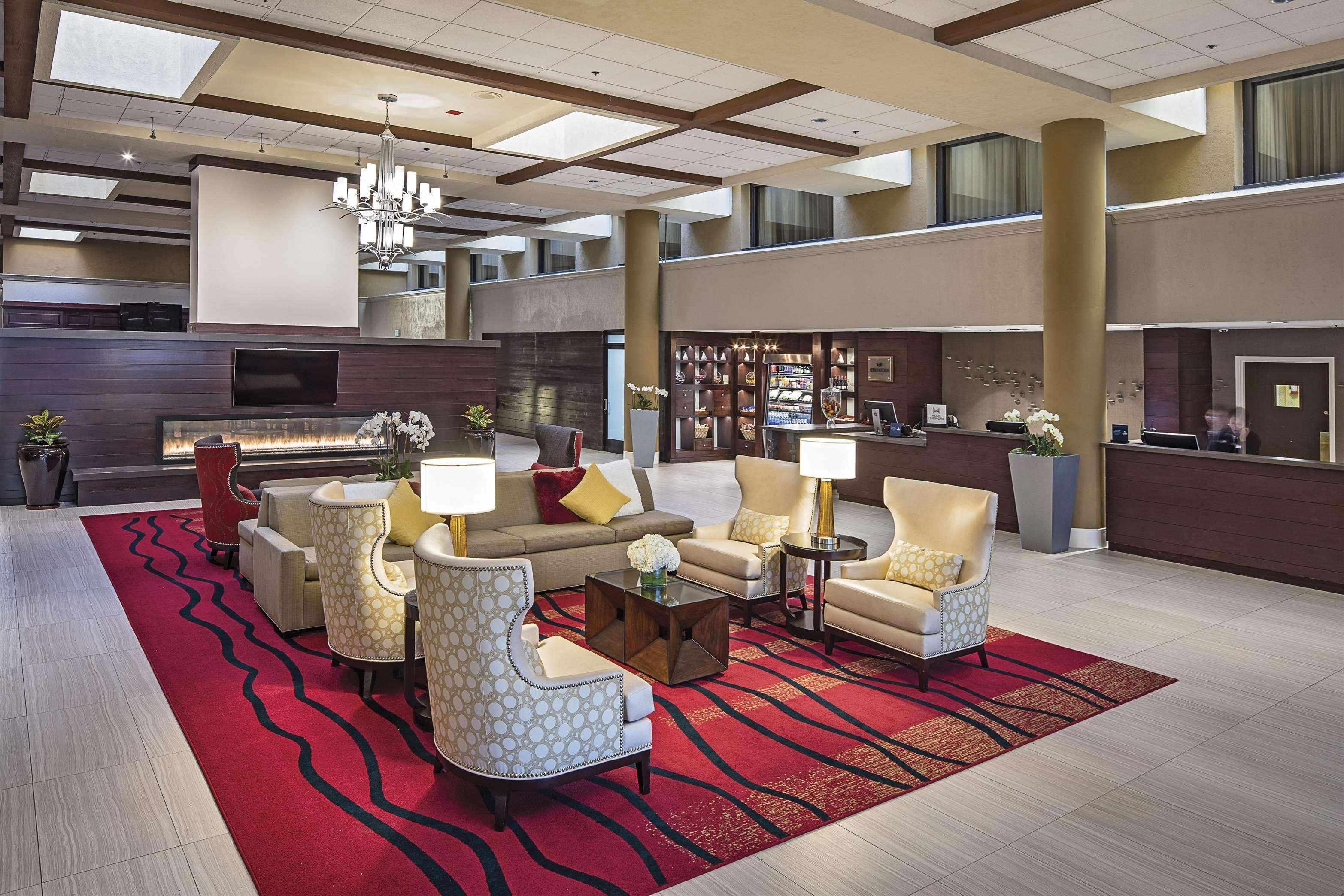 Hilton Sacramento Arden West At 2200 Harvard St