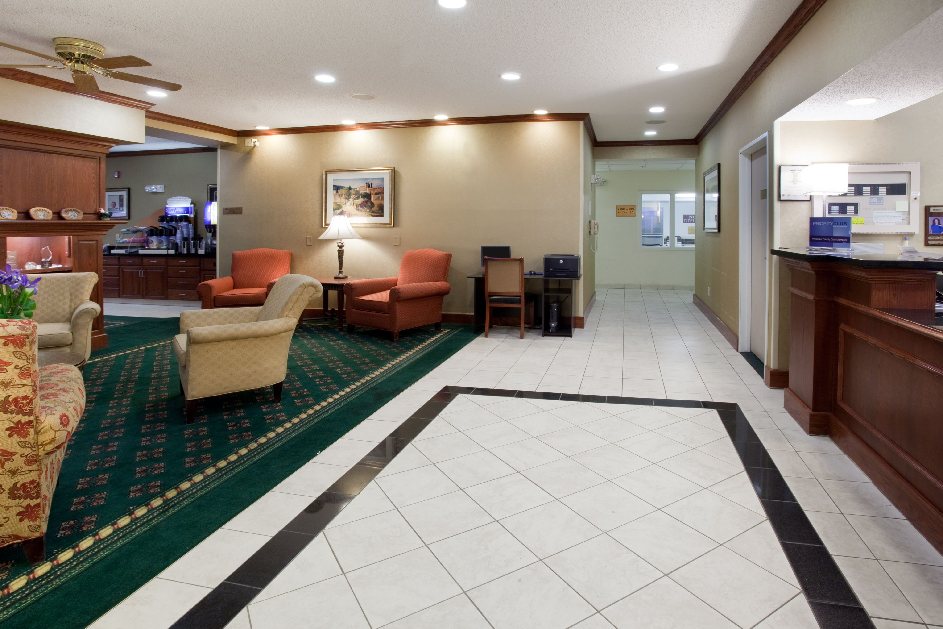 Holiday Inn Express Greeley image 5