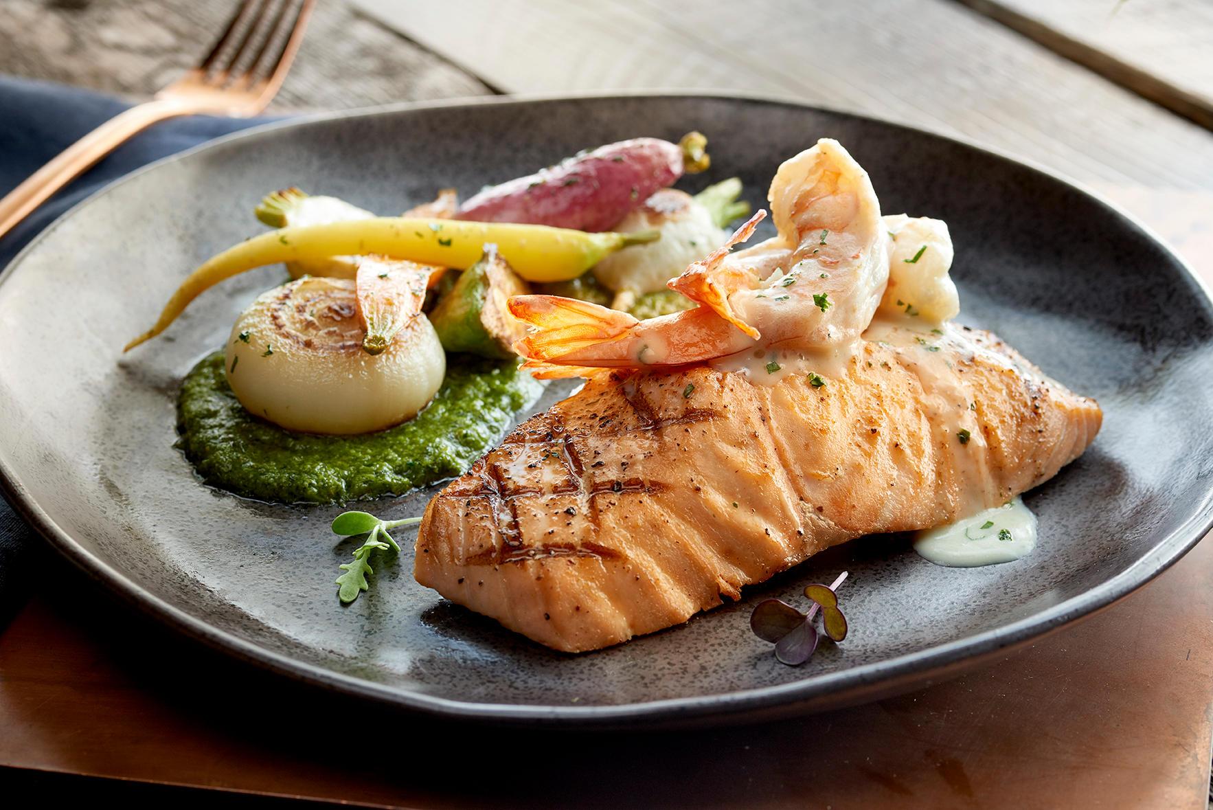 McCormick & Schmick's Seafood & Steaks image 4