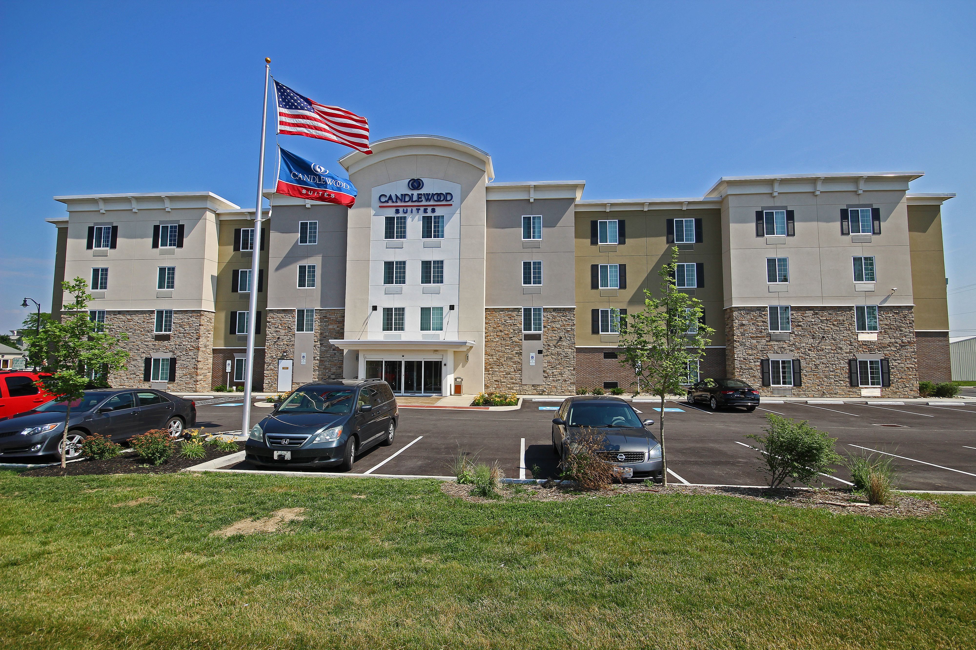Candlewood Suites Cleveland-N. Olmsted image 5