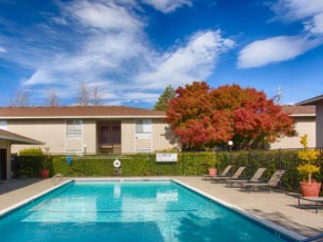 Bella Vista Apartment Homes image 4