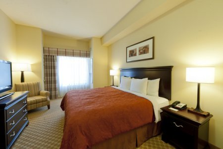 Country Inn & Suites by Radisson, Ontario at Ontario Mills, CA image 2