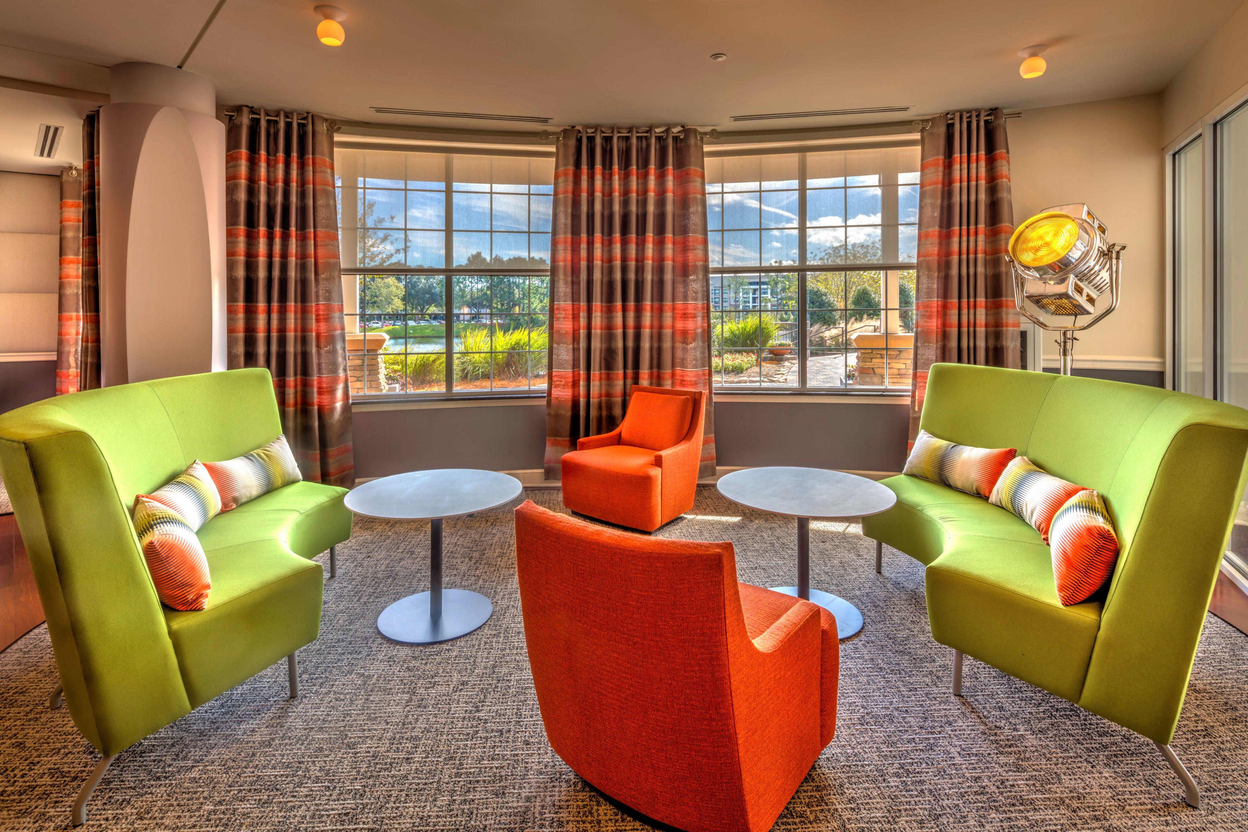 Hotel Indigo Jacksonville-Deerwood Park image 4