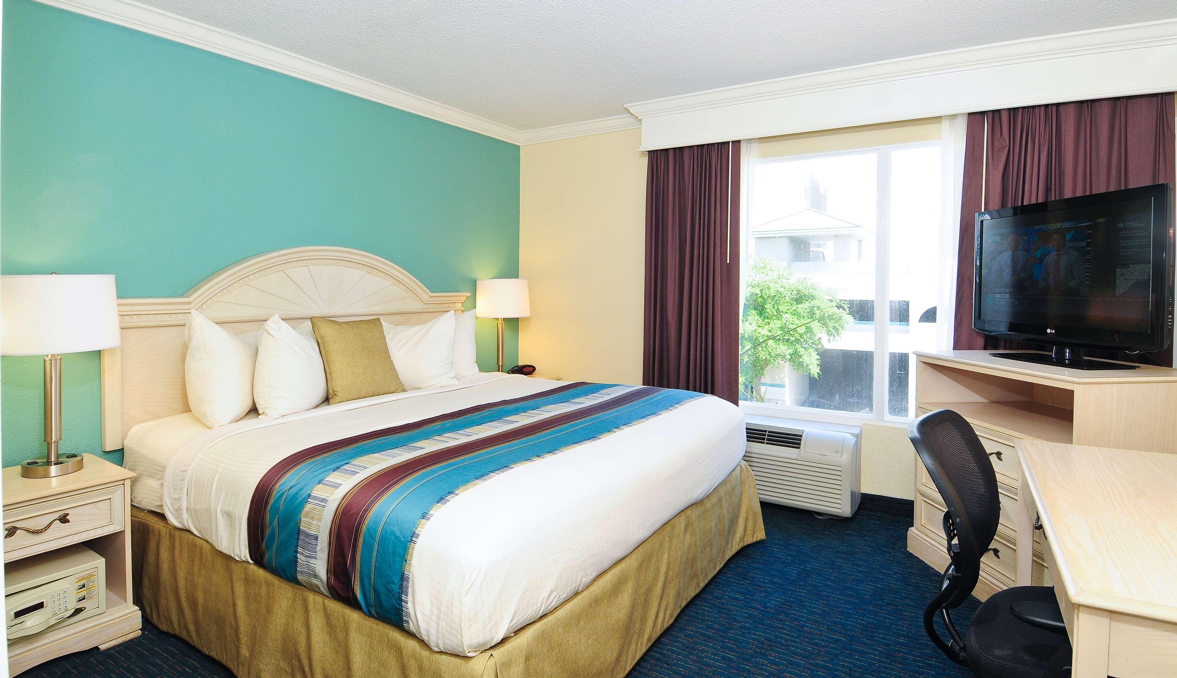 Best Western Plus Grand Strand Inn & Suites image 13