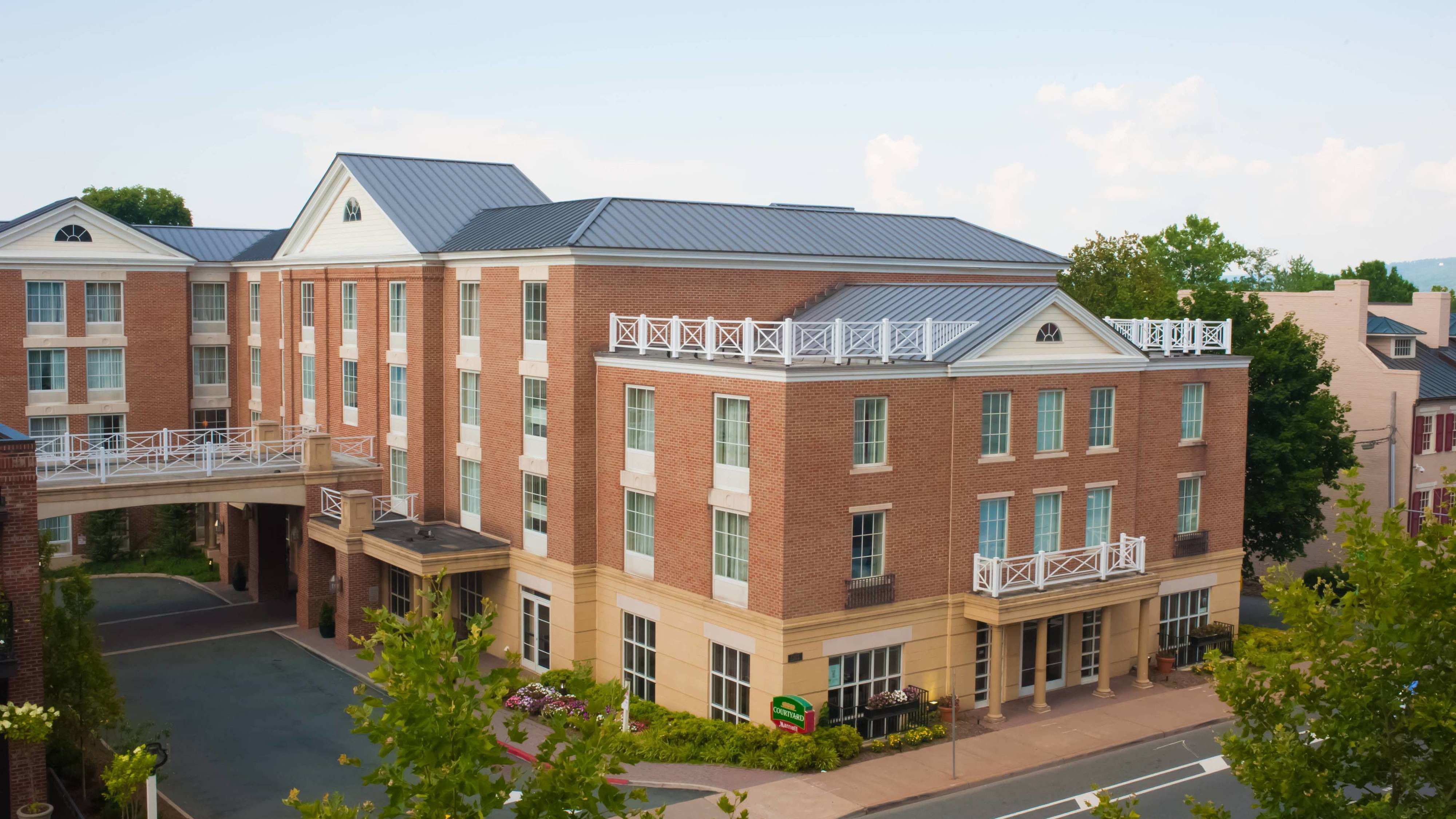 Courtyard by Marriott Charlottesville - University Medical Center image 0