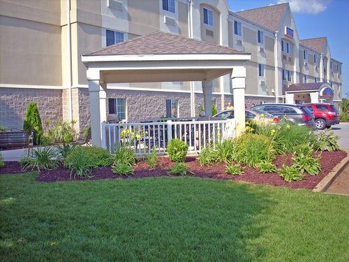 Candlewood Suites Elkhart image 3