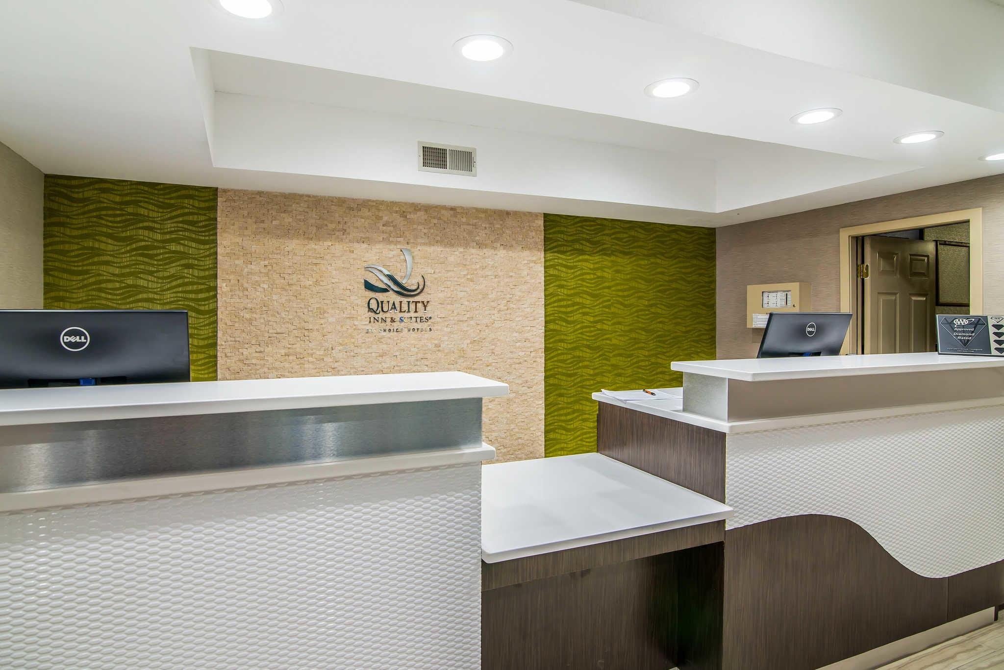 Quality Inn Suites Kind Bed Effiency Suite