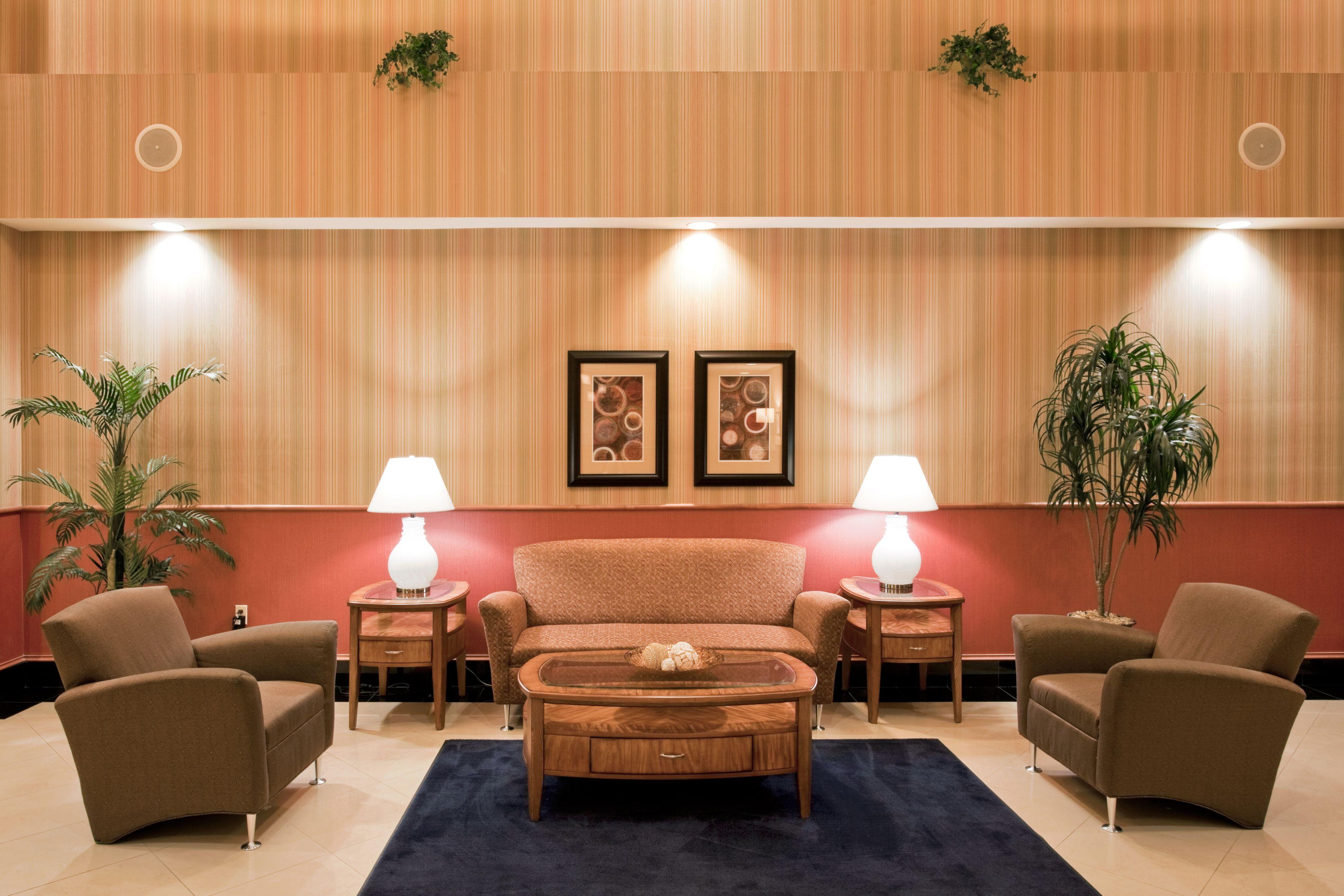 Holiday Inn Express & Suites Pembroke Pines-Sheridan St image 5