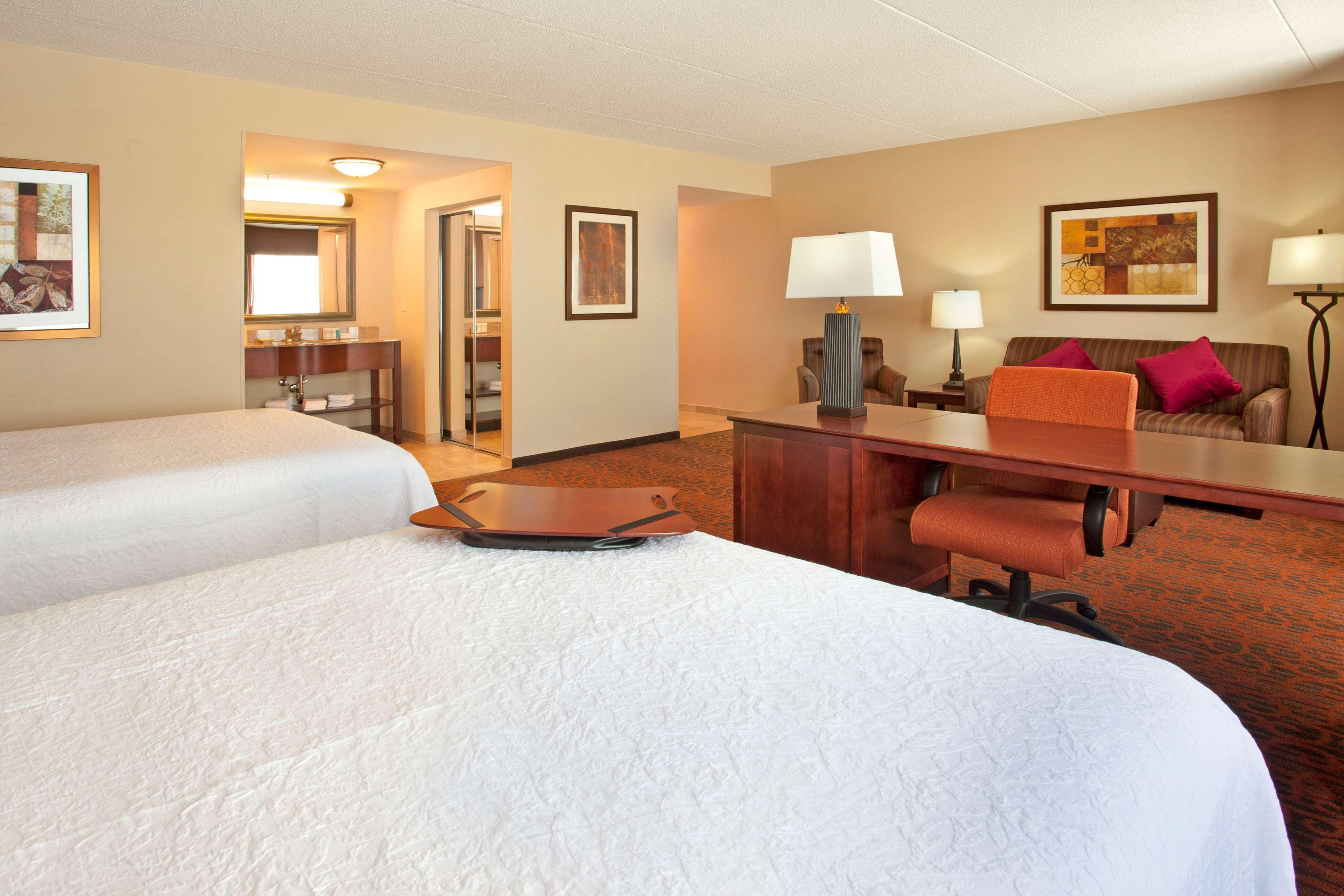 Hampton Inn Suites Minneapolis St Paul Arpt-Mall of America image 23