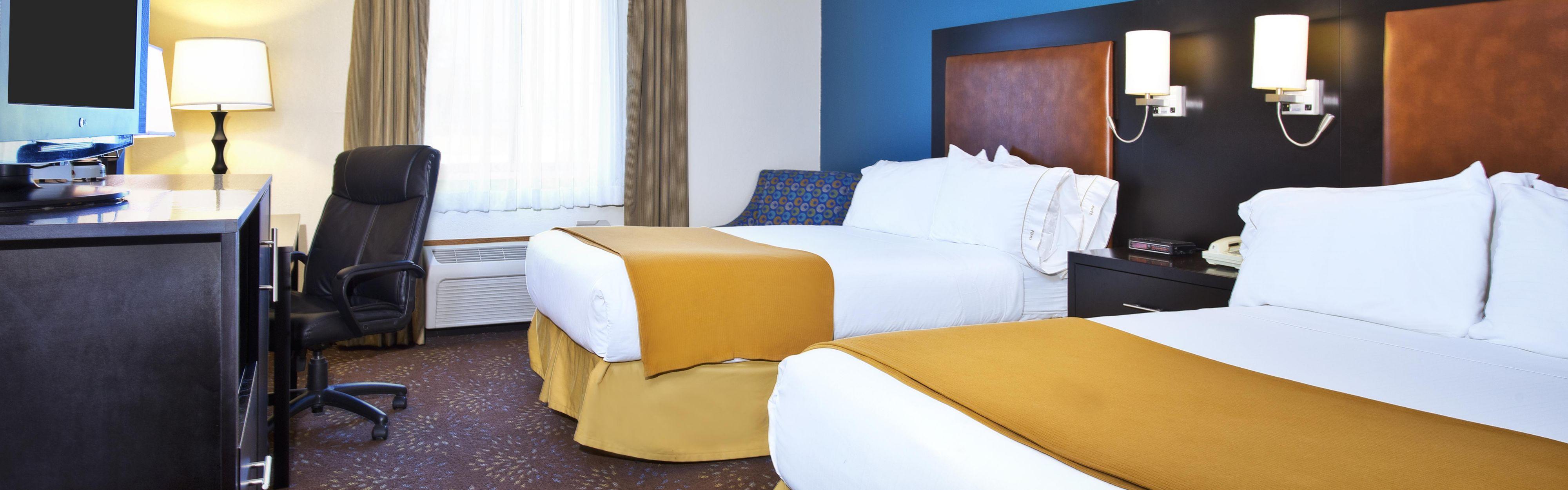 Holiday Inn Express Mackinaw City image 1