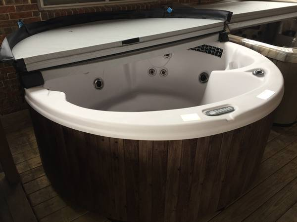 spa inspectors houston tx pools spas and saunas topix. Black Bedroom Furniture Sets. Home Design Ideas
