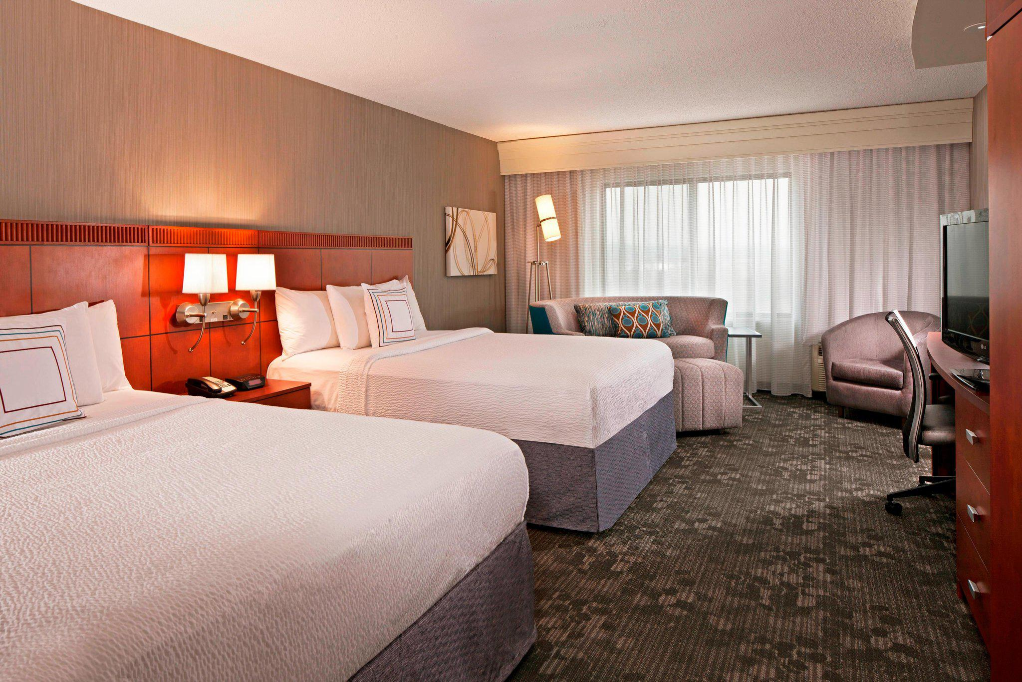 Courtyard by Marriott Hartford Farmington