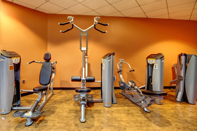 Crunch Fitness - Metro Center image 10