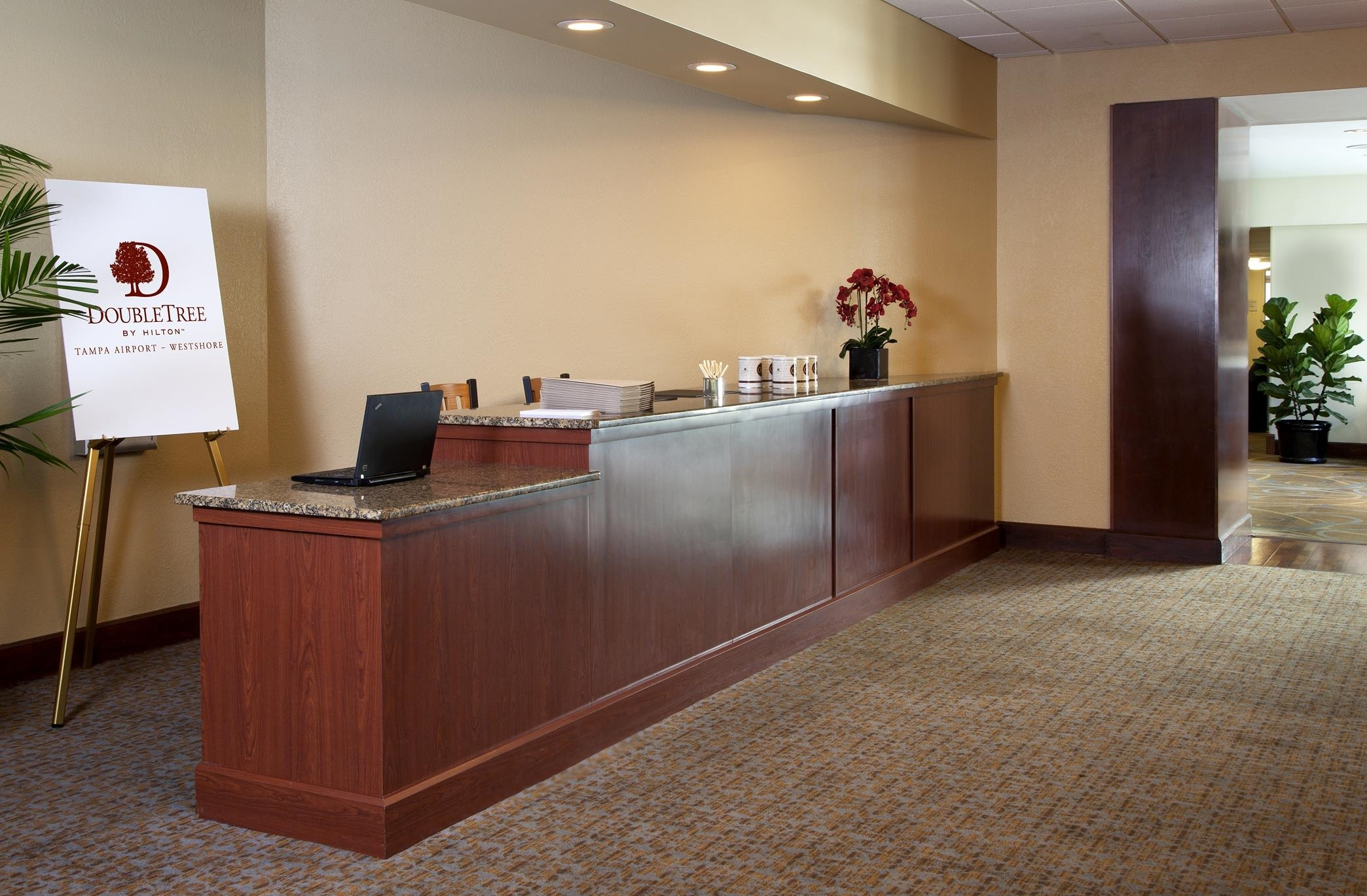 DoubleTree by Hilton Hotel Tampa Airport - Westshore image 23