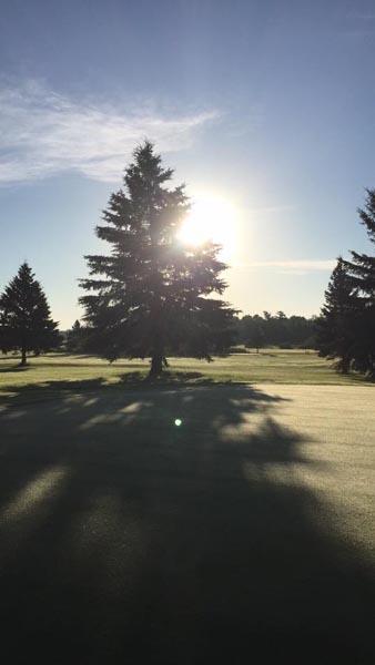Golf on the Edge image 12