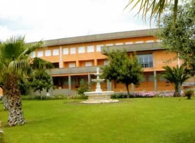 Centro Riabilitativo Casa di Cura Mons. Giosue' Calaciura Cenacolo Cristo Re
